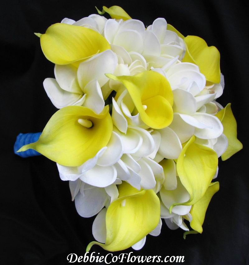 Natural Touch Bouquet Frangipani Calla Lily