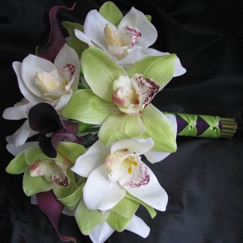 Natural Touch Bouquet Purple Calla Large Green Orchids