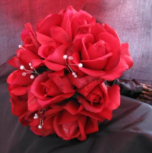 Natural Touch Bouquet Red Rosebud Rose Pearl