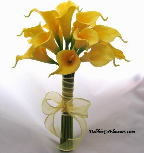 Natural Touch Bouquet Yellow Calla Lily