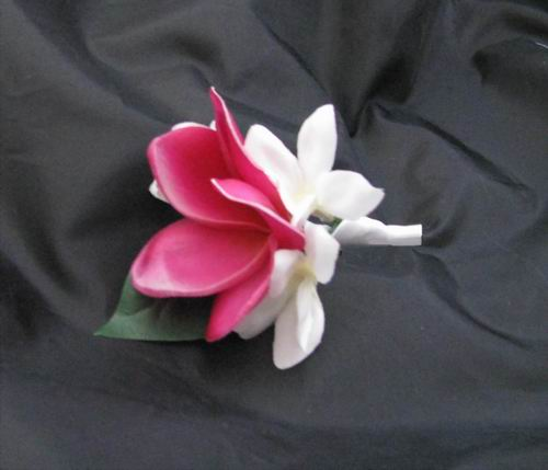 Boutonniere Natural Touch Plumeria Stephanotis