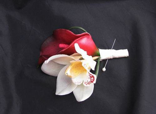 Boutonniere Real Touch Looped White Orchid Burgundy Calla Lily