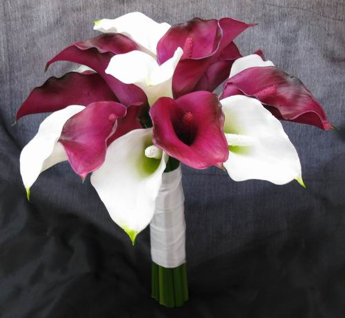 Natural Touch Bouquet Purple Cream/White Calla Lily
